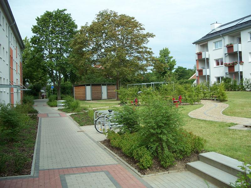 Verbundstein, Pflasterung und Wegebau in Freianlage